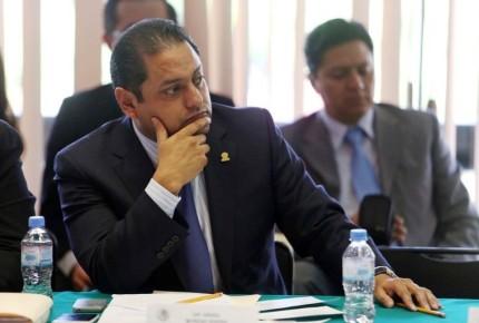 Corte destituye por desacato a delegado de V. Carranza