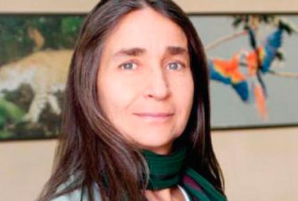 Para Julia Carabias la Belisario Domínguez