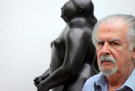 Roban en París escultura de Fernando Botero