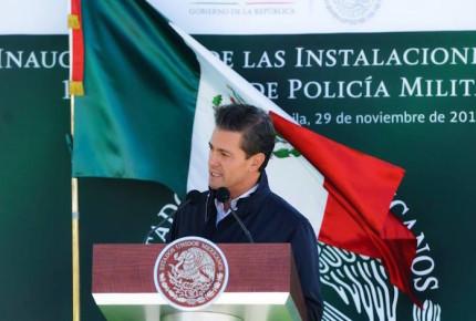Peña Nieto despide a Moreira y resalta logros en Coahuila