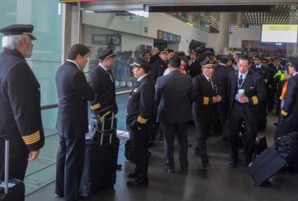 Cuesta a Aeroméxico 880 mil pesos huelga de pilotos