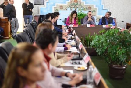 Cuauhtémoc Blanco y su cabildo evitan destitución; Corte la frena