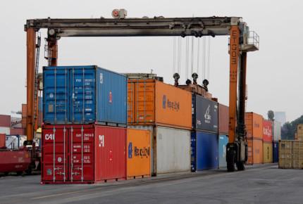 Exportaciones e importaciones caen en septiembre