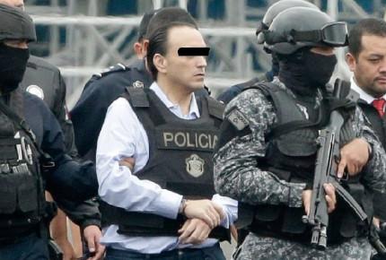 """Por error mandan a Roberto """"N"""" a penal femenil, vinculado a proceso"""
