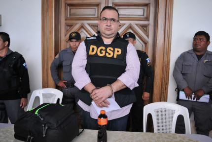 Javier Duarte exige respeto de presunción de inocencia a senador