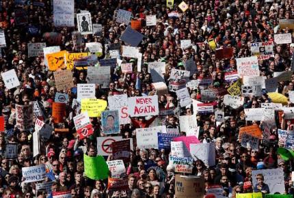'March For Our Lives' toma EU; exigen control al acceso a armas