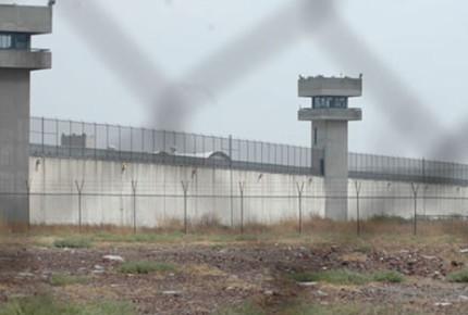 La mitad de reclusorios con casos de Covid-19 tienen deficientes servicios médicos