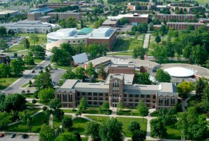 Mueren 2 personas por tiroteo en universidad de Michigan