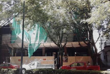 Denuncian violación a sellos de suspensión en obra de Polanco