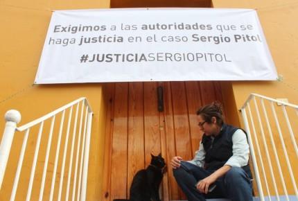 Familia de Pitol reinicia protesta pacífica #JusticiaSergioPitol