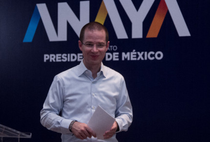 """AMLO como la """"chimoltrufia"""" en el tema del NAICM: Anaya"""