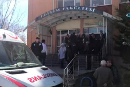 Cuatro muertos por tiroteo en universidad de Turquía