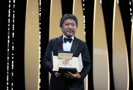 Director Hirokazu Kore-Eda gana la Palma de Oro en Cannes