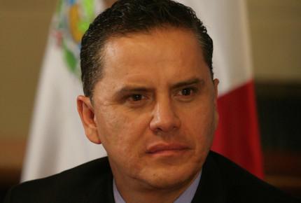Sandoval tramita amparo contra proceso por delitos electorales