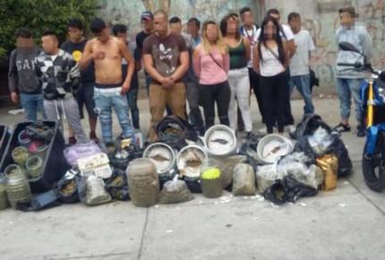 Detienen a 18 con botes con mariguana en Tepito