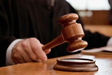 Juez señalado por AMLO da más suspensiones a la reforma eléctrica