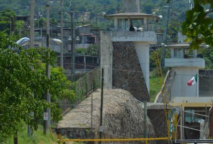 Detectan brote de Covid-19 en reos indígenas en penal de Chiapas