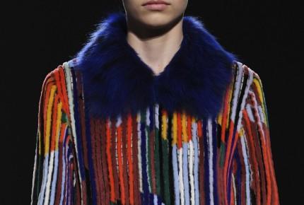 Jóvenes firmas abren la Semana de la Moda de París