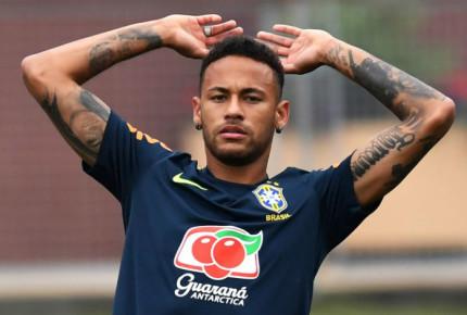 Neymar suma 14 minutos en el césped durante el Mundial; Rivaldo elogia su estrategia