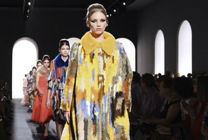 Galería | En París se dan cita a la alta costura y el glamur