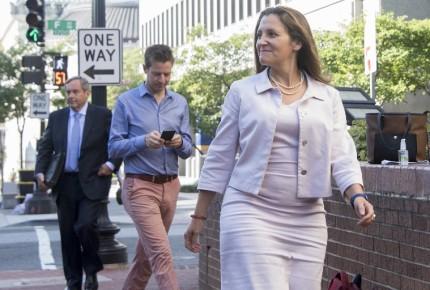 Freeland ve 'temas complicados' en TLCAN, pero hay 'atmósfera constructiva'