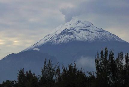 Popocatepétl registra 27 exhalaciones y una explosión en las últimas 24 horas