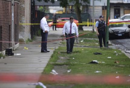 Múltiples tiroteos dejaron 5 muertos y 40 heridos en Chicago