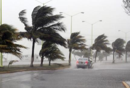 Pronostican rachas fuertes de vientos en gran parte de México