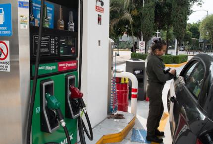 Gasolina magna en ascenso; se vende en más de 20 pesos el litro