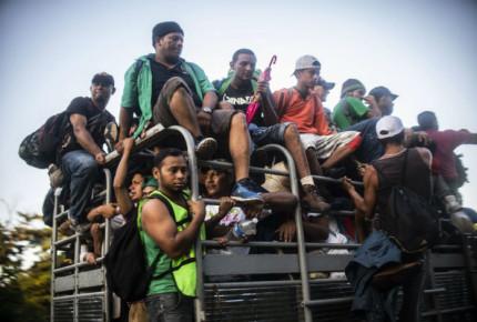 Migrantes desairan plan de Peña; exigen hablar con él