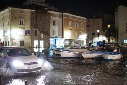 Mal tiempo deja a más de 100 mil sin luz en Europa; hay 13 muertos
