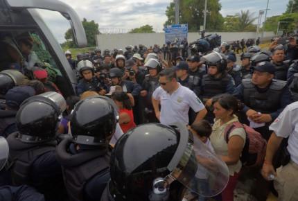 Detienen a migrantes que atacaron con arma de fuego a Policía Federal