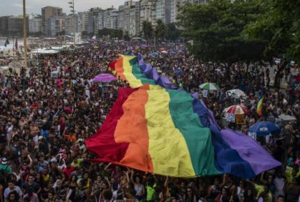 Diplomáticos gay se quedarán sin visa de EU si no se casan