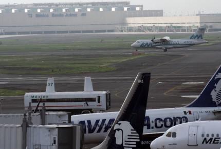 Aeropuertos mexicanos se deprecian 930 mdd en Wall Street