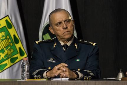 Por exoneración a Cienfuegos redes estallan con críticas a AMLO