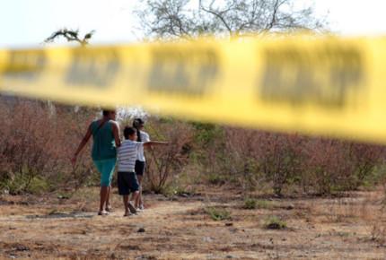 Colectivo encuentra más de 20 cuerpos en Sonora