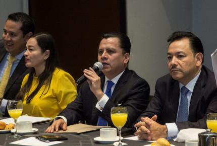 Deja Granados la dirigencia del PRD; van por renovación