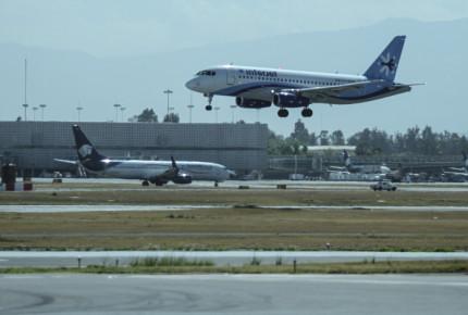 Presentan plan piloto de nuevas rutas aéreas para centro de México