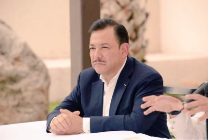 Héctor Serrano renuncia al PRD tras 15 años de militancia