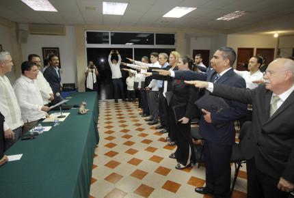Chiapas reconoce el trabajo de los notarios en la relación sociedad y gobierno