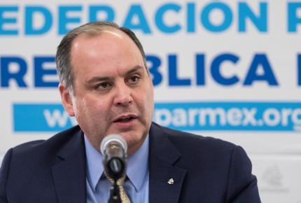 Se regaló el dinero de los mexicanos a León Bartlett: Coparmex