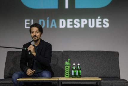 Diego Luna critica baja presupuestal de AMLO en medio ambiente