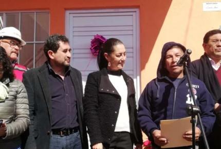 Tras 15 meses, entregan 10 casas a afectados del 19S en Xochimilco