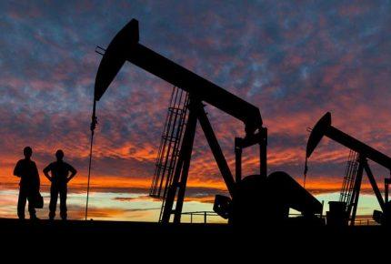 El petróleo alcanza su cotización más alta en un año