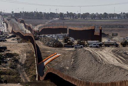 EU ya ha construido 160 de 724 km de muro fronterizo