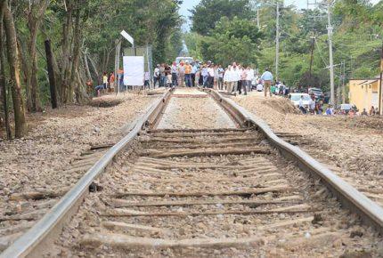 Pueblos indígenas obtienen suspensión contra Tren Maya