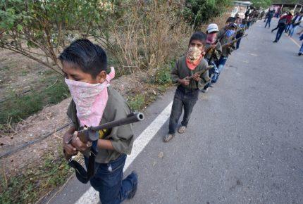 CNDH urge proteger a niños miembros de policía comunitaria de Chilapa