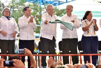 AMLO presume rescate a Pemex pese a no cumplir metas en 2019