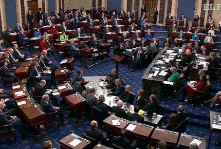 ¡Histórico! Senado absuelve de cargos a Trump en juicio político