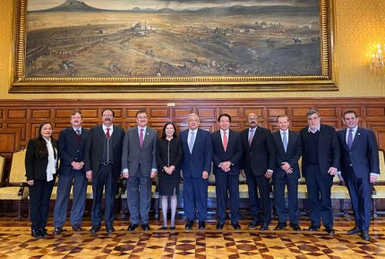 AMLO encarga su agenda legislativa a diputados